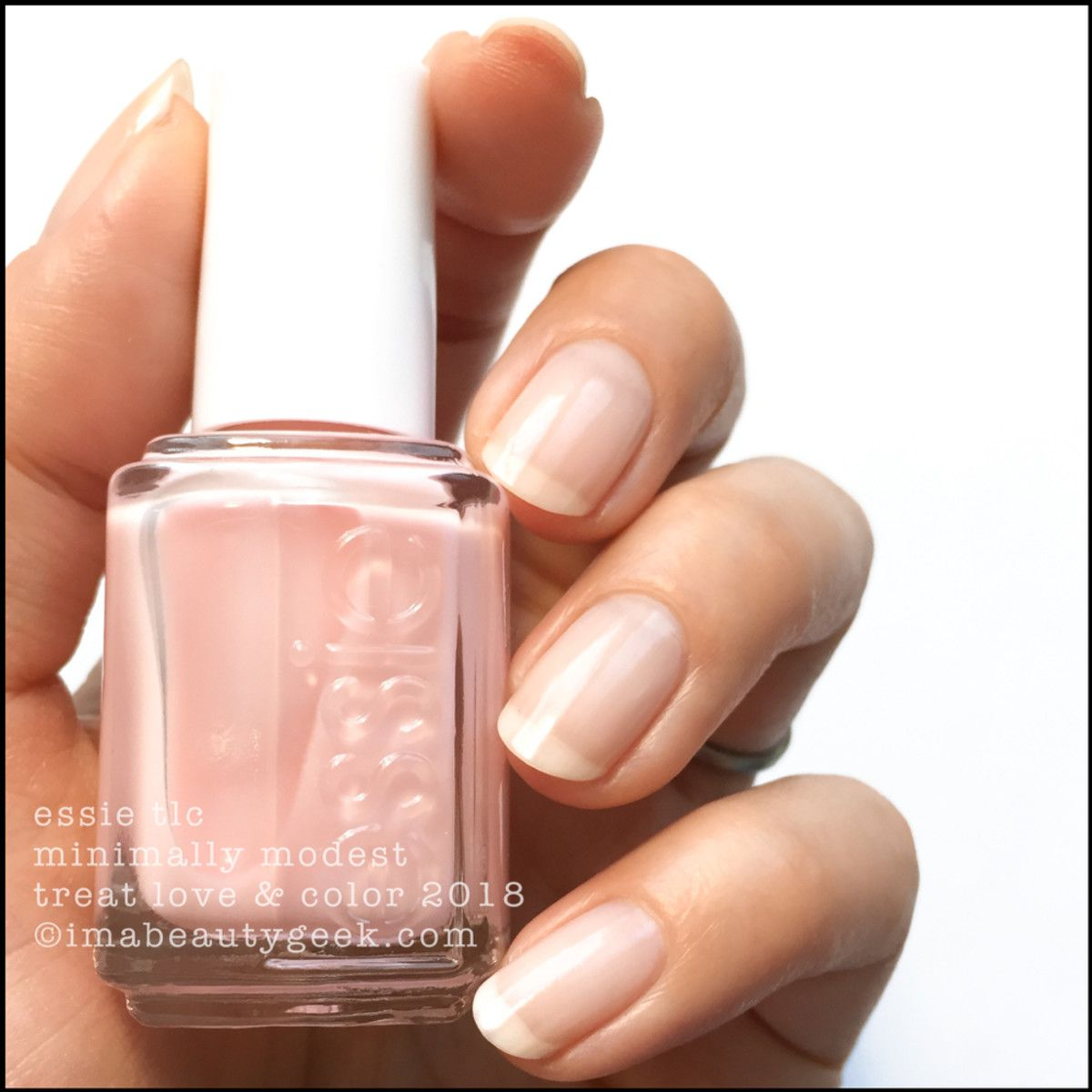 ESSIE TREAT LOVE & COLOR 2018 | Esmalte y Hermosa