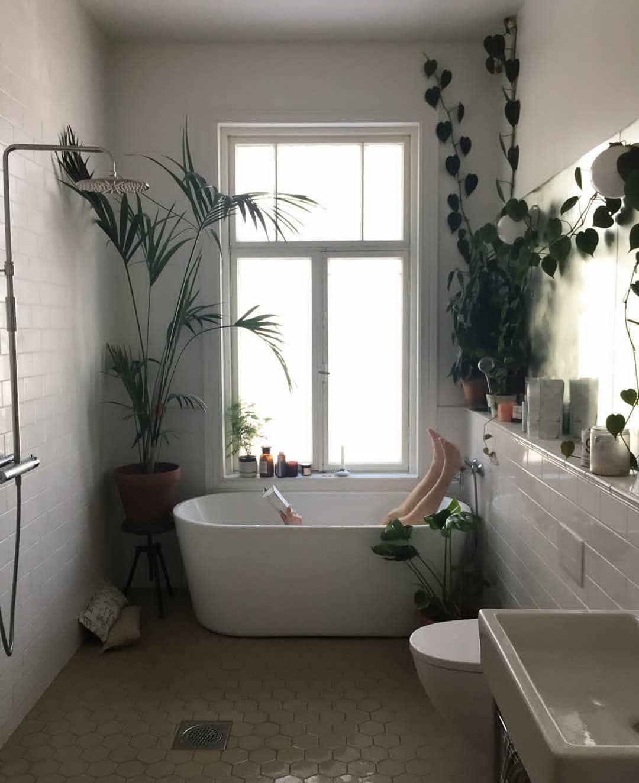 556 2k Followers 2 Following 1 530 Posts See Instagram Photos And Videos From Urban Jungle Bloggers Urbanjungleblog Home Interior Bathtub Remodel