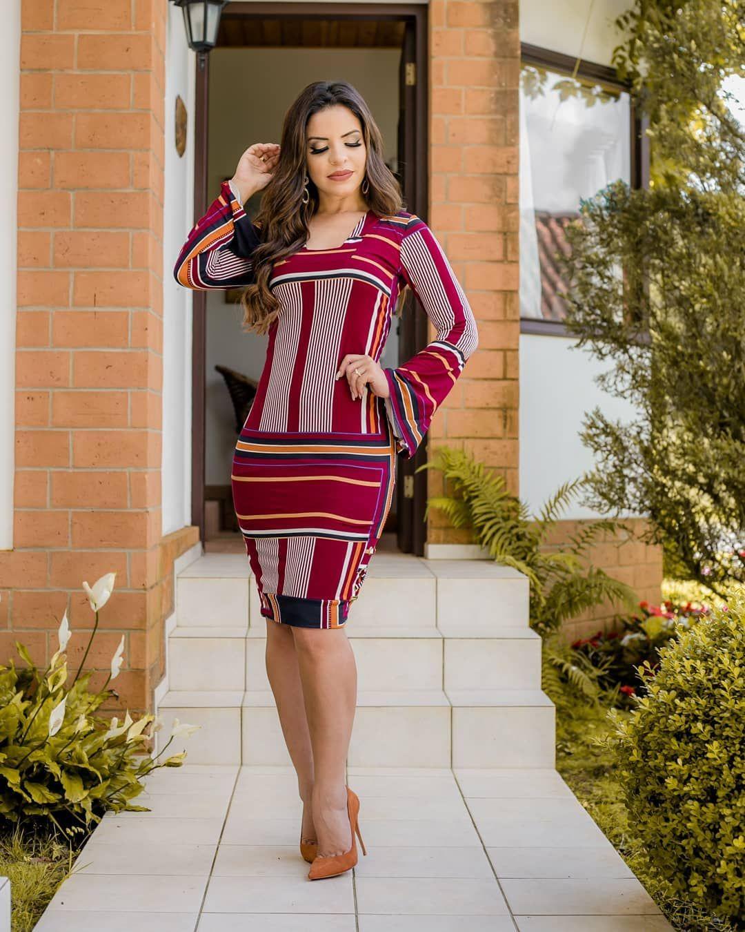 f866afe6bb6a Vestido lindoooo | vestido em 2019 | Moda, Vestidos coloridos e ...