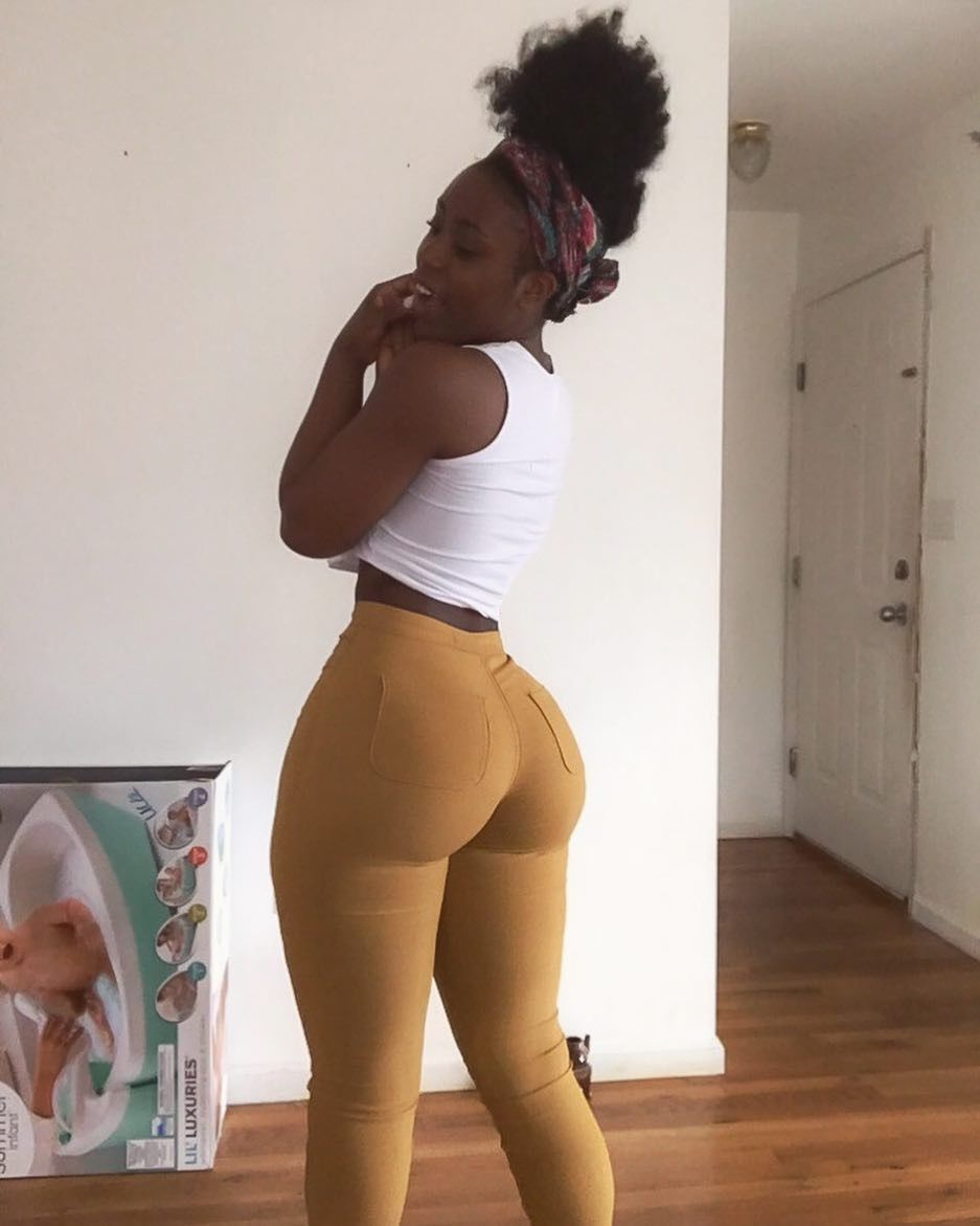 Thick Ebony Big Ass Big Tits