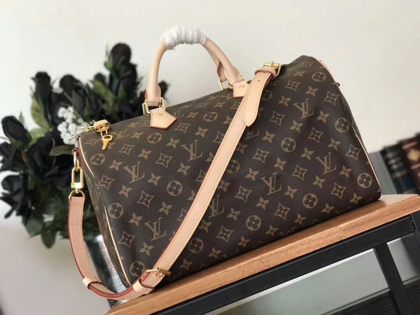 dec4b2462115 replica Louis Vuitton Speedy BandouliEre 35 Bag M41111-1