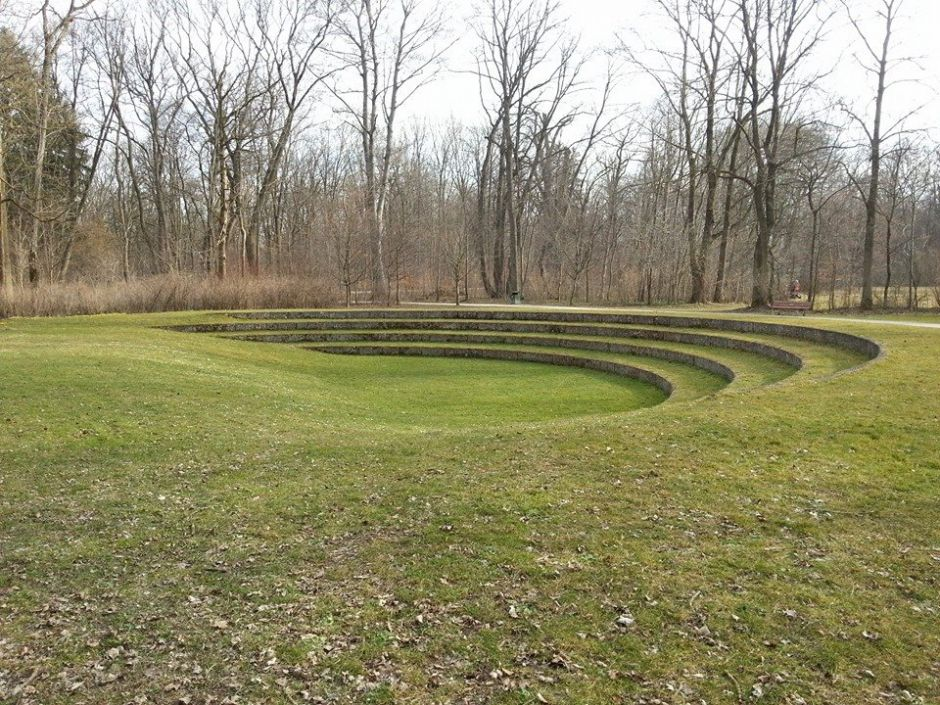 Marvelous grass amphitheatre on level site