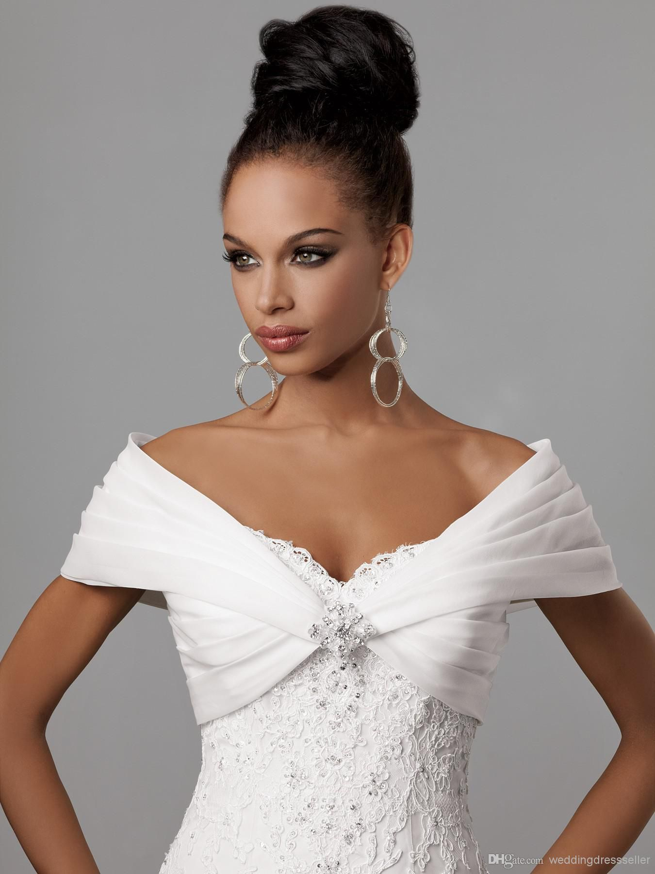 Dress with jacket for wedding  Wholesale Bridal Wraps u Jackets  Buy Fast Delivery Portrait Beads