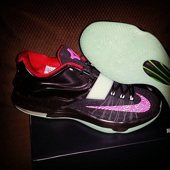 sale retailer f2ee4 0bf75 KD 7 VII ID Yeezy Black Red Pink
