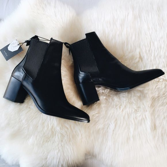 "62ef29b07cb Zara Leather Pointy Toe Chunky Heel Chelsea Boots •Black leather ankle boots  with a pointed toe. Side stretch detail. Chunky heel. 2 1 2"" heel."