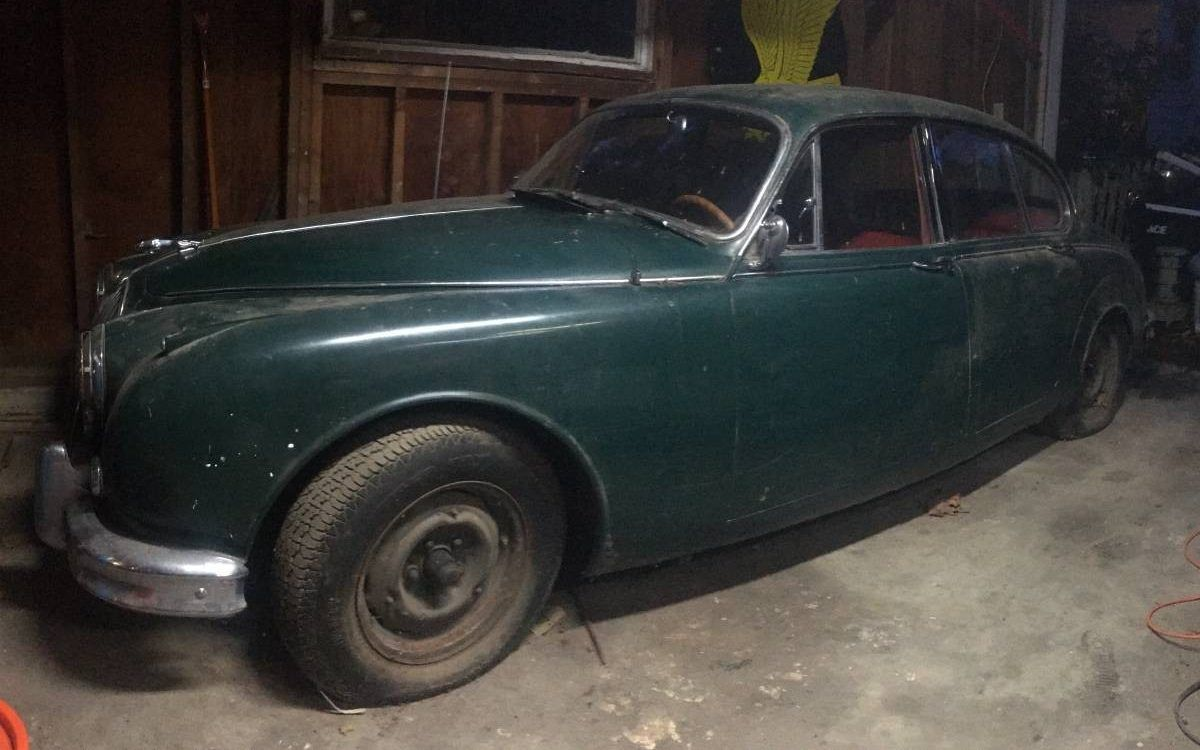 Cat Like Barn Find 1962 Jaguar Mk2 Barn Finds Car Barn Vintage Muscle Cars