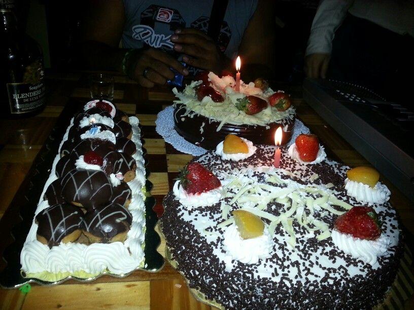 Un cumpleaños lleno de muchas bendiciones. Gracias los amo