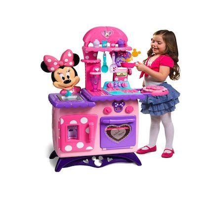 3. Minnie Mouse Bow-tique Flippin' Fun Kitchen