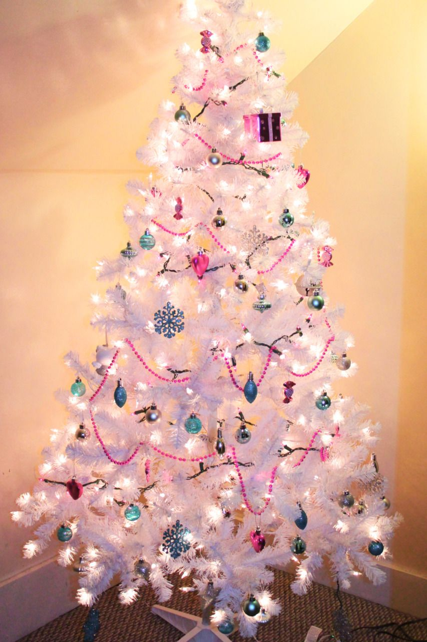 Pink And Black Christmas Tree Decorations - Xmas stuff for christmas tree tumblr pictures