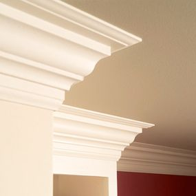 Excellent tutorial on crown molding. It always looks intimidating, until you've done it once.
