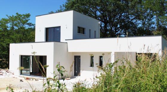 Maison contemporaine toiture plate Projet de construction ultra - maison avec tour carree