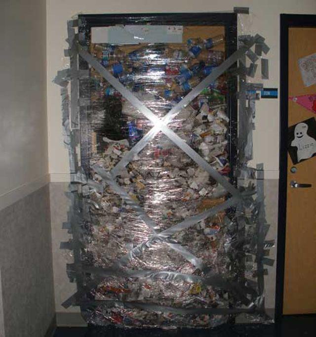 Garbage Taped To Door Prank Funniest Pranks Pranks