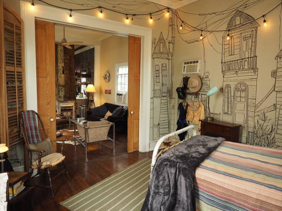 Authentic, Funky, Chic--Walk to the French Quarter ...