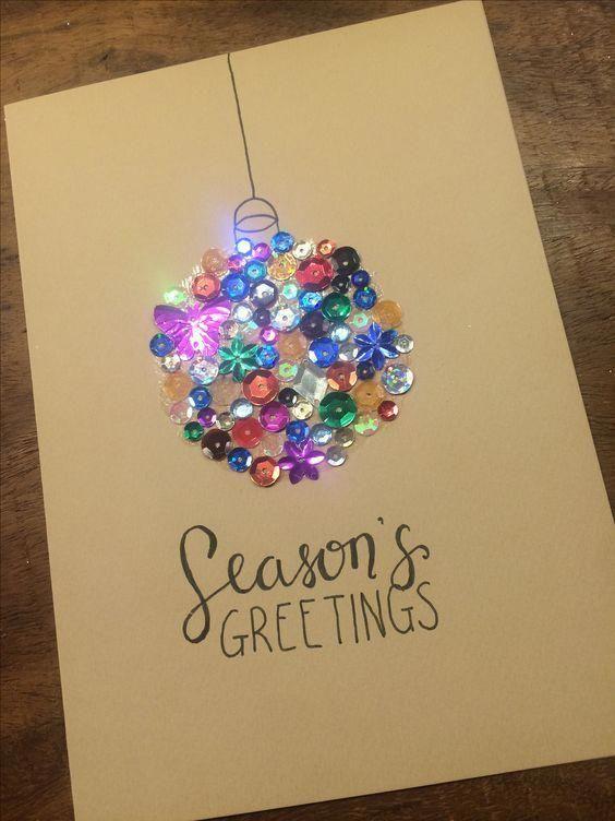 Tarjeta de Navidad brillante del ornamento de la bola de los botones #DiyCraftSupplies #cartedenoel