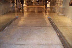 Como limpiar pisos de cemento alisado o microcemento - Como limpiar piso negro ...
