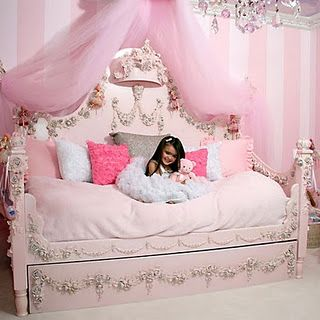 Musings Of A Glamourpuss Figuring Out The Bed Situation Princess Room Little Girl Bedroom Pink Room