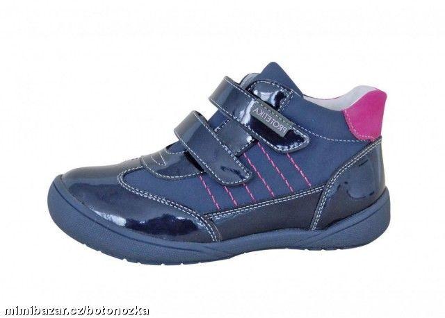 42c4acca44c Prodám - Dívčí celokožené boty D.D.step vel. 33 NOVÉ