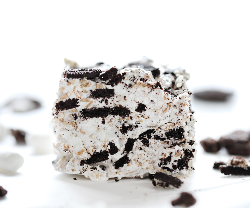These mile-high Oreo Rice Krispy bars are packed with Oreo AND made with homemade marshmallow! (It's actually really easy to do!)