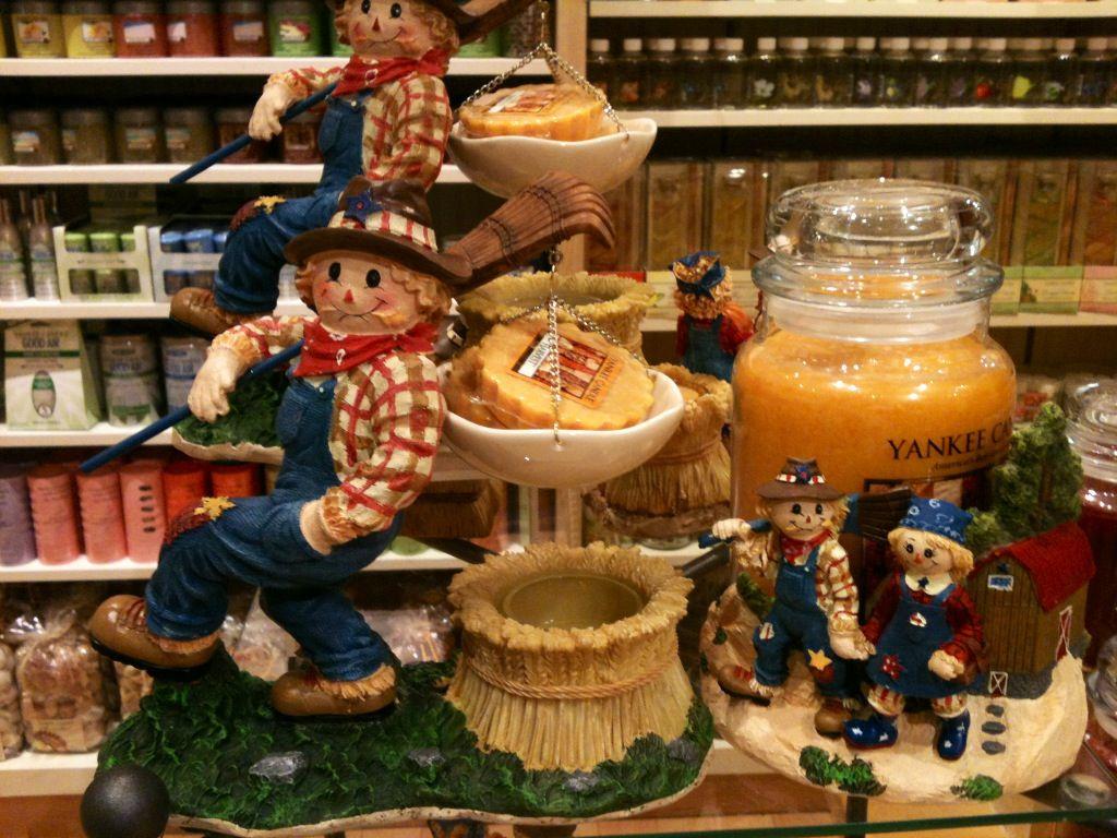 Yankee Candle Scarecrow candle wax burner. | Fall foliage, decor ...