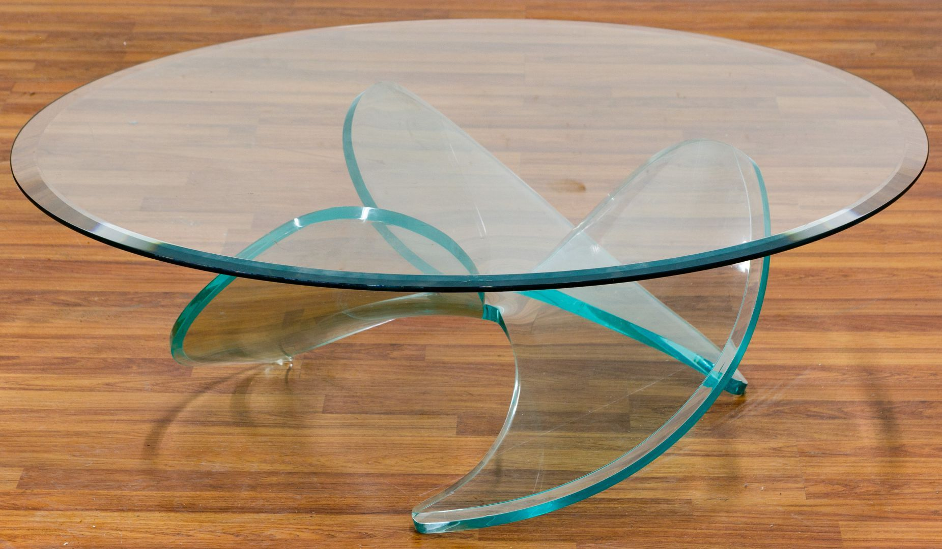 Lot 46 Mcm Lucite Propeller Table By Knut Hesterberg 20th Century Having A Propeller Style Lucite Base With A Roun Lucite Coffee Tables Coffee Table Table [ 1080 x 1851 Pixel ]