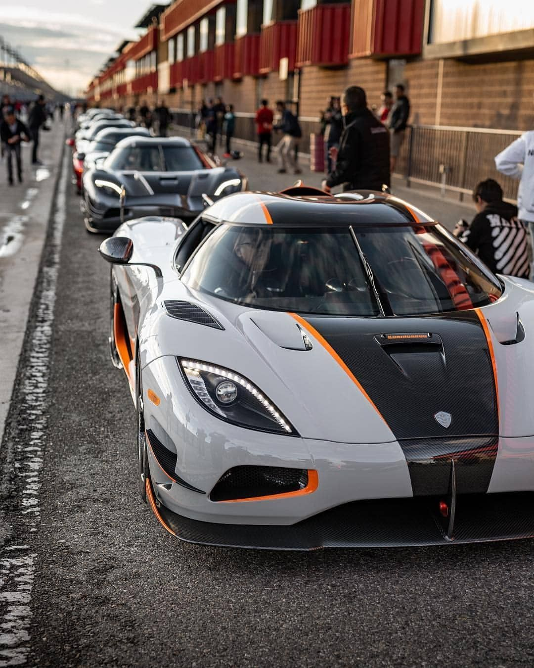 Koenigsegg In 2020 Super Cars Cheap Luxury Cars Affordable Luxury Cars