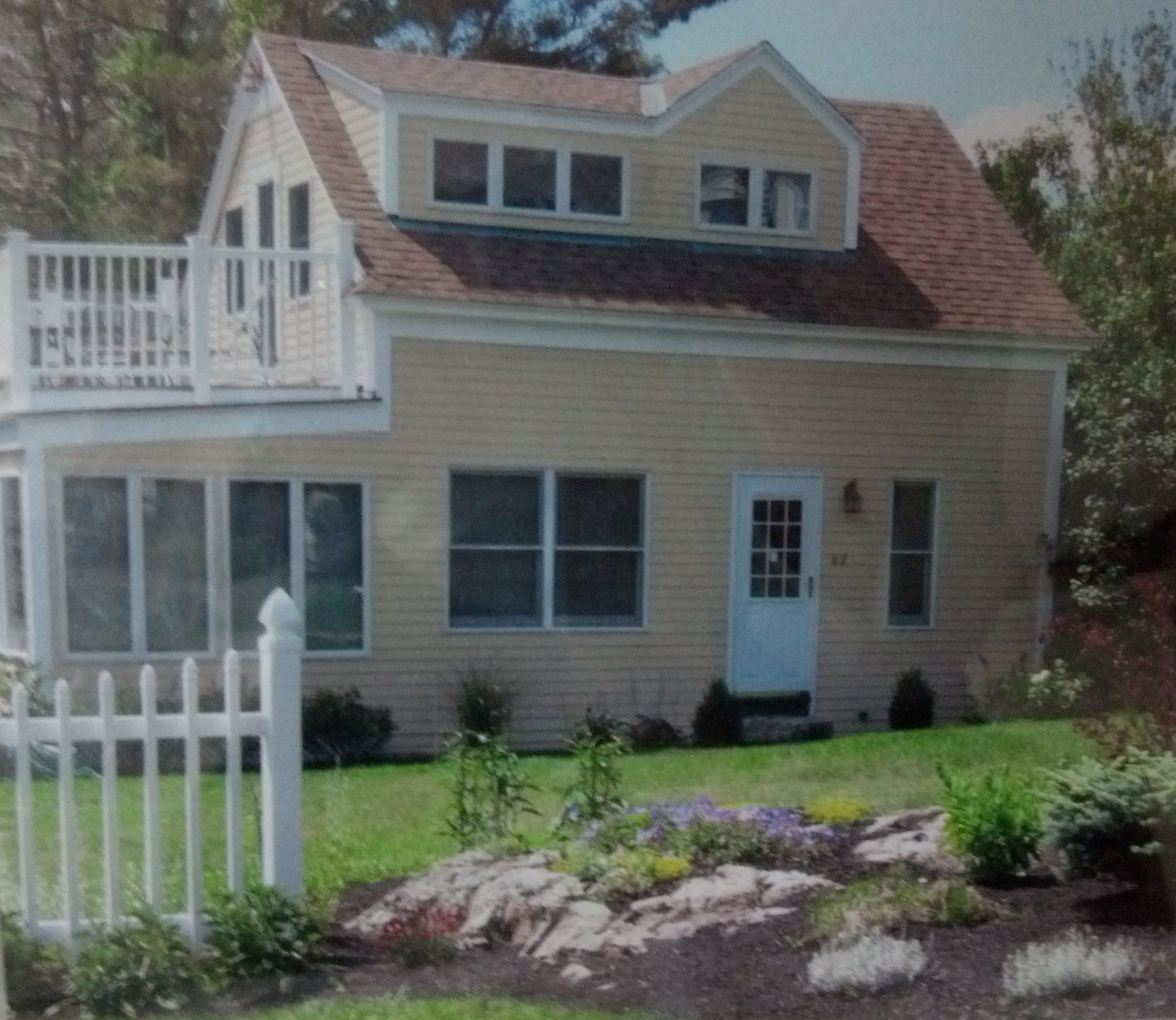 Cottages In Ogunquit Maine: #1326 Three Day Get-Away In Ogunquit Cottage