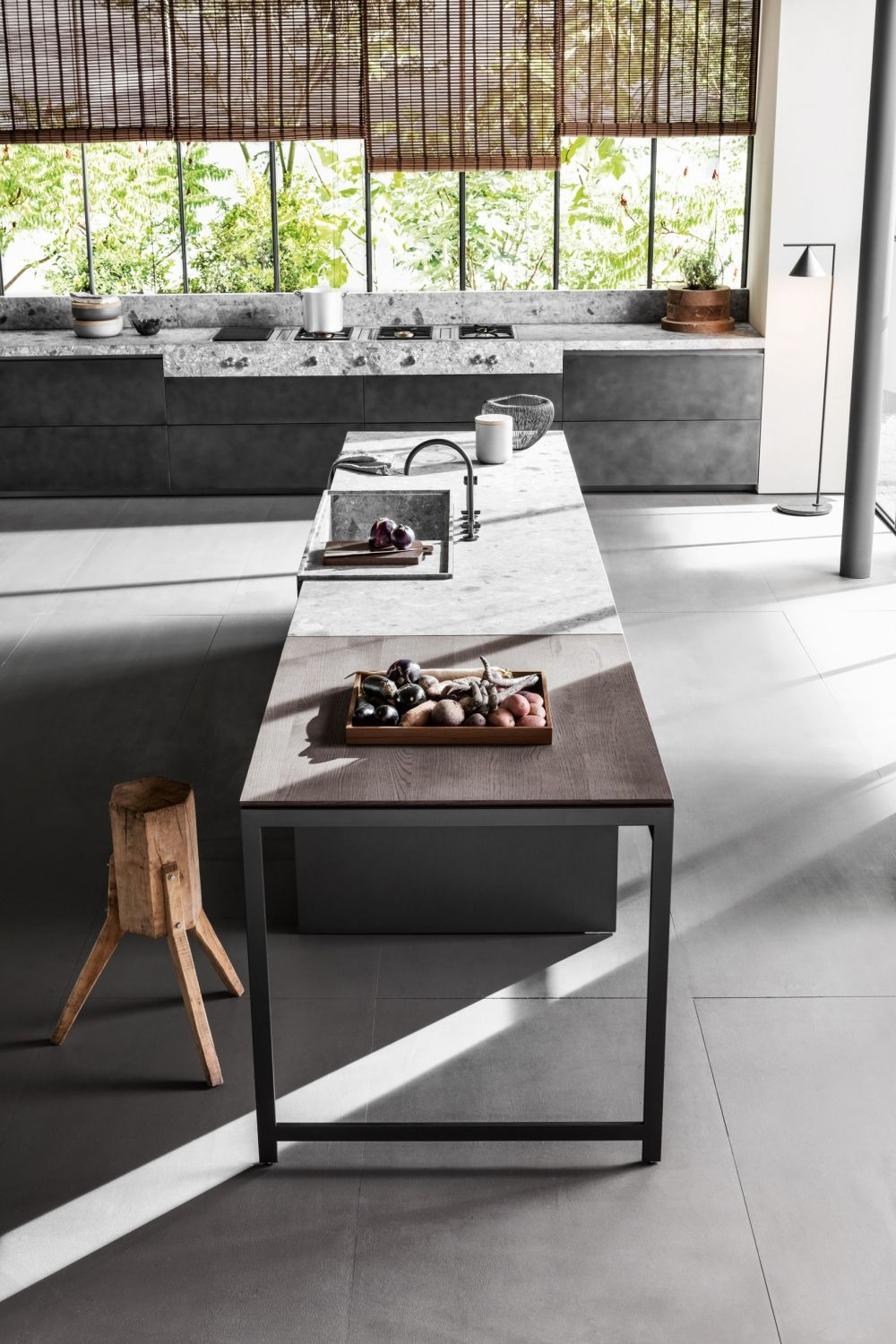 Dada Vvd Kitchen Designed By Vincent Van Duysen Pull Out Trays  # Muebles Y Cocinas Daxa