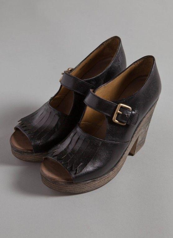 Kilte Heel - Black   Leather   Clog-like