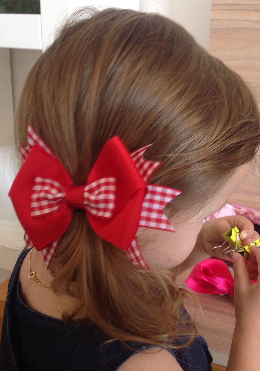 Laço lindo para festa junina. Feito no bico de pato. 12x9 cm  aproximadamente. 177c561701e