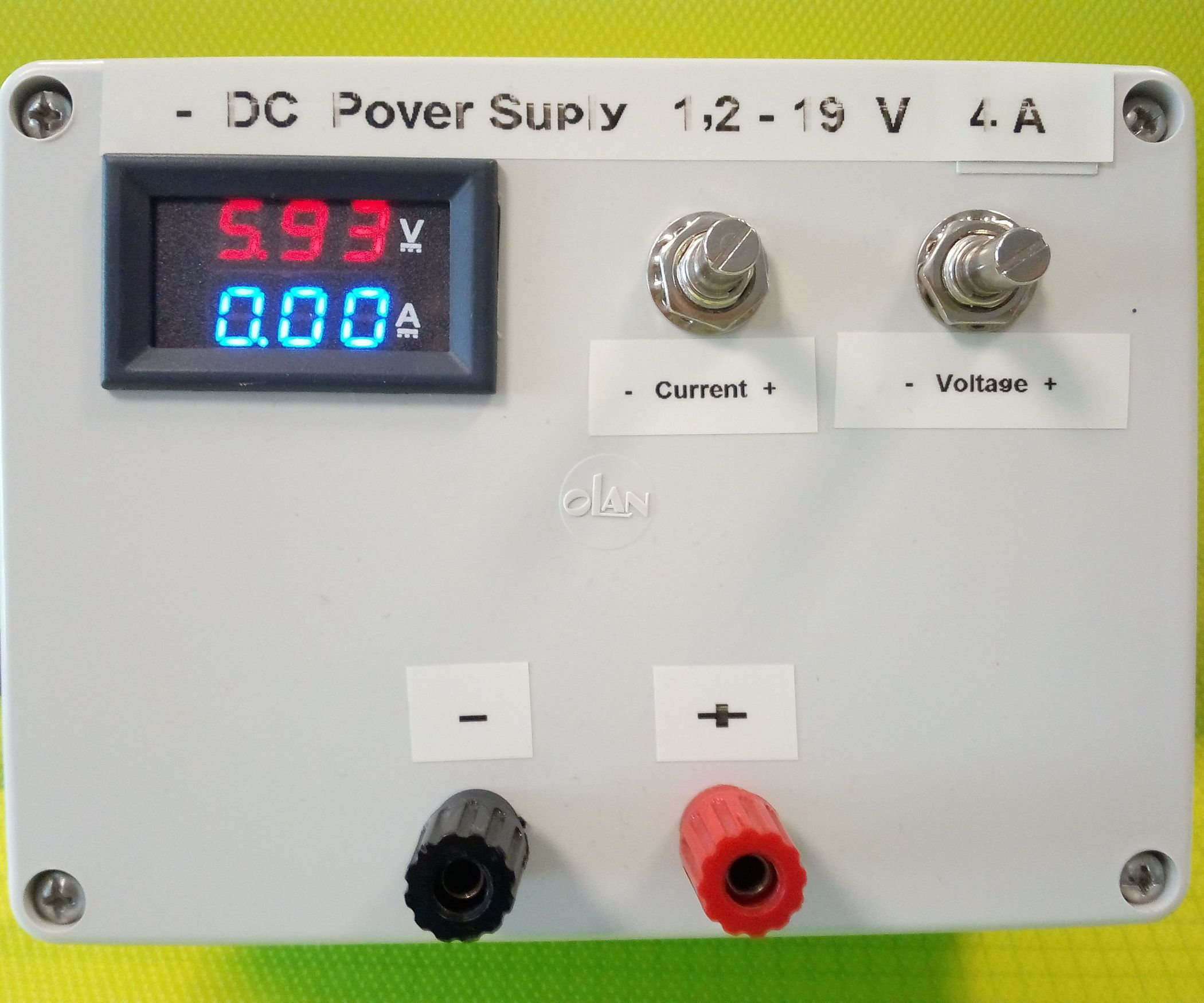 Diy Lab Bench Variable Power Supply Power Supply Electronics Lab Electronics Projects