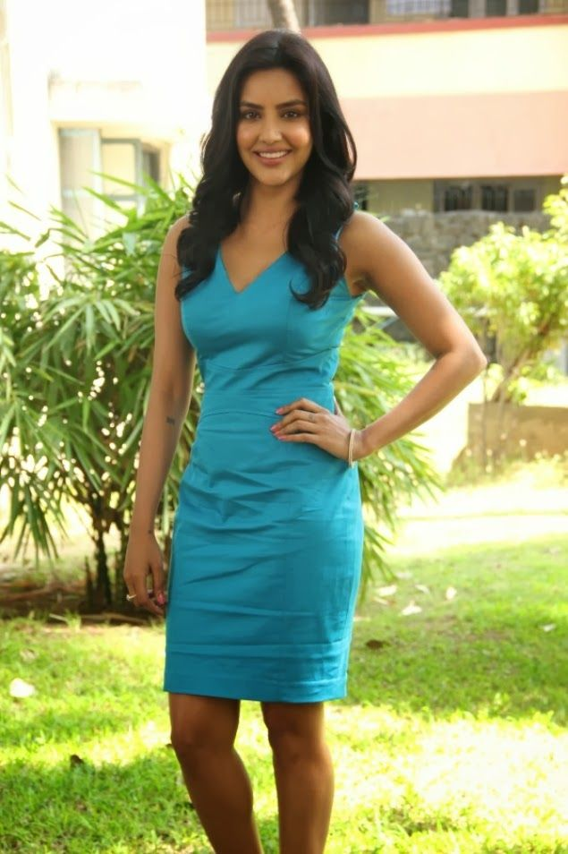 Priya anand sexy pic