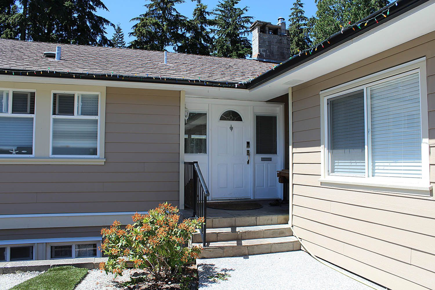 Siding Renovation Most Popular Types Of Siding For Your Home In 2020 Siding Companies Types Of Siding Renovations