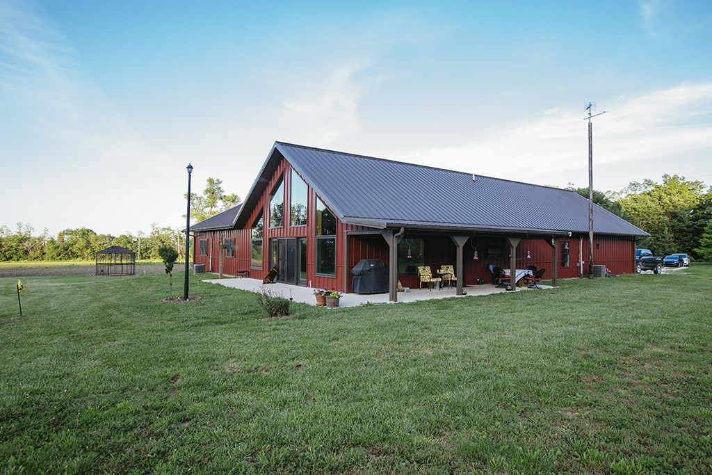 Pin By Sherrie Broussard On Architectural Designs And Barns Steel Building Homes Metal Building Homes Metal Barn Homes