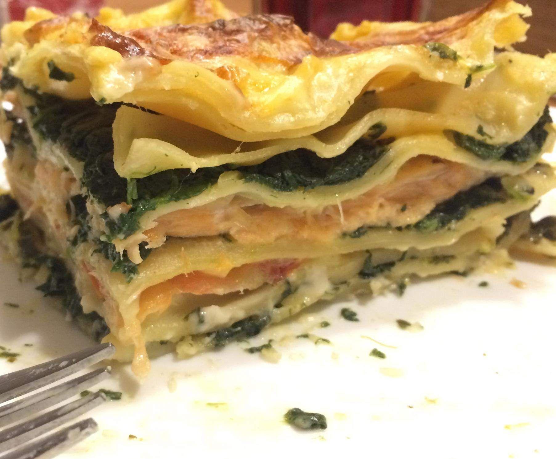 spinat lachs lasagne mit r ucherlachs rezept lachs lasagne r ucherlachs und lasagne. Black Bedroom Furniture Sets. Home Design Ideas