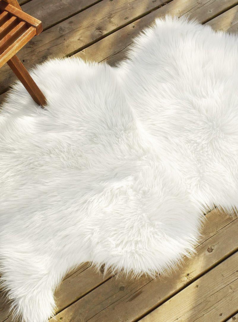 le tapis d co effet peau de mouton 75x125 cm deco. Black Bedroom Furniture Sets. Home Design Ideas
