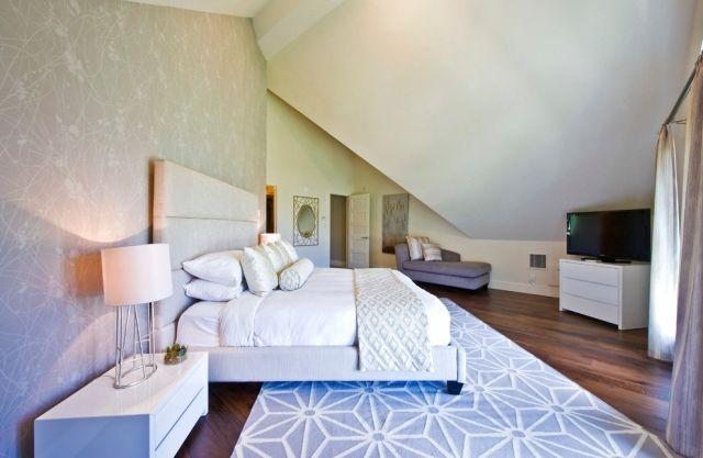 wandgestaltung schlafzimmer mit schräge