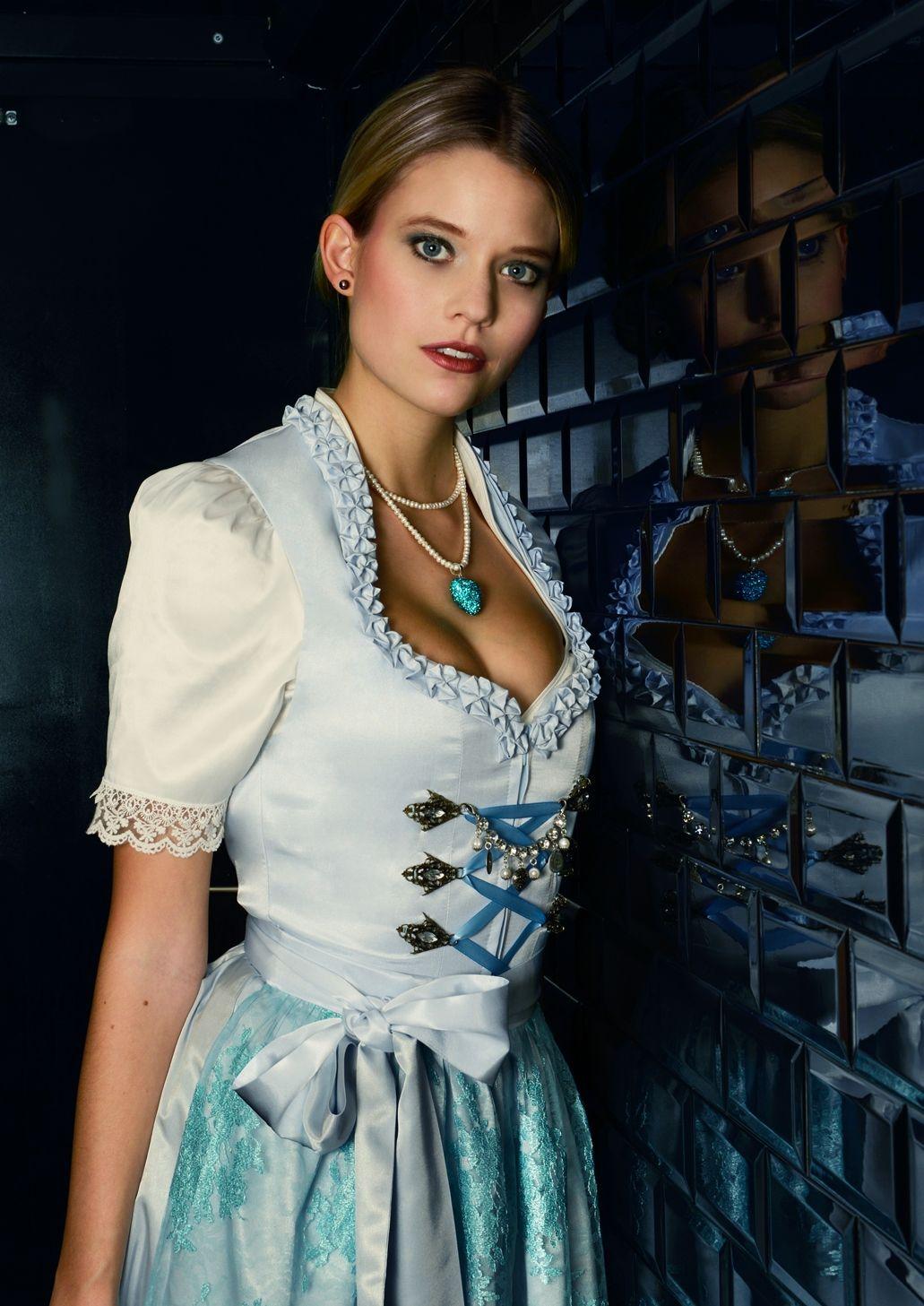 Designer In München ob ein klassisches oktoberfest dirndl ein exklusives couture dirndl