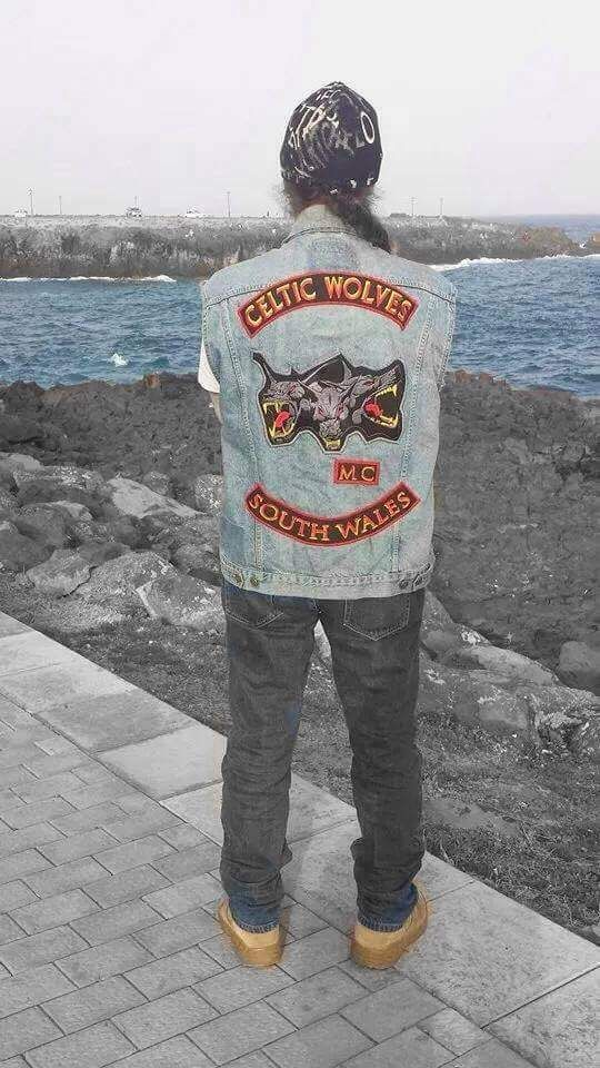 CELTIC WOLVES  SOUTH WHALES  MC   club colors   Motorcycle