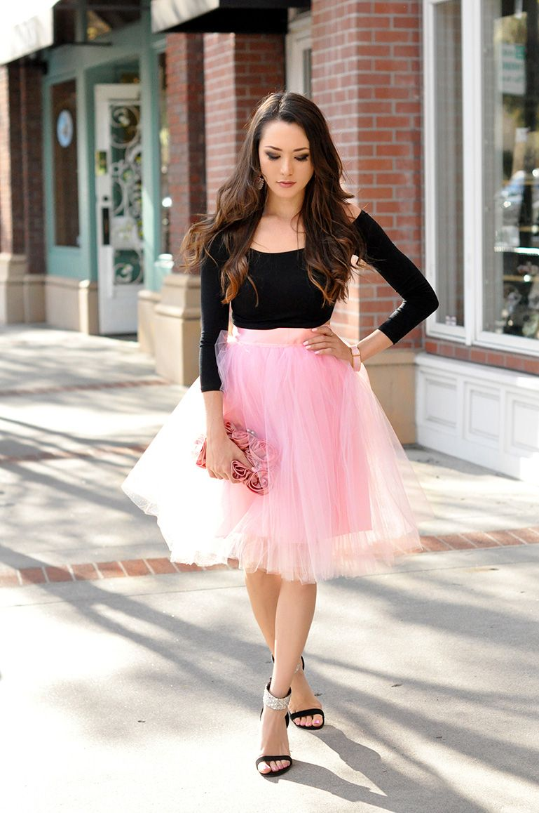 193d9cf81 Black long sleeve crop top, pink tulle skirt, pink floral clutch and black  heels