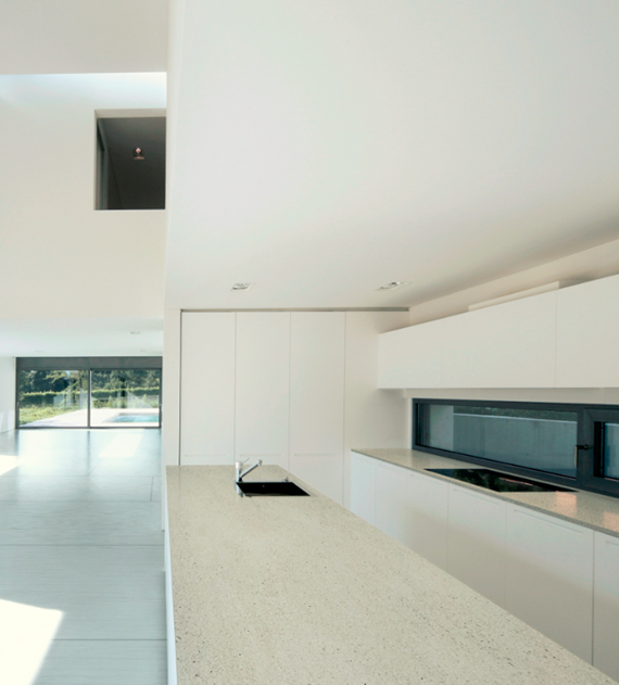 Modern Kitchen Countertops: Modern Kitchen With Dekton Countertop & Flooring
