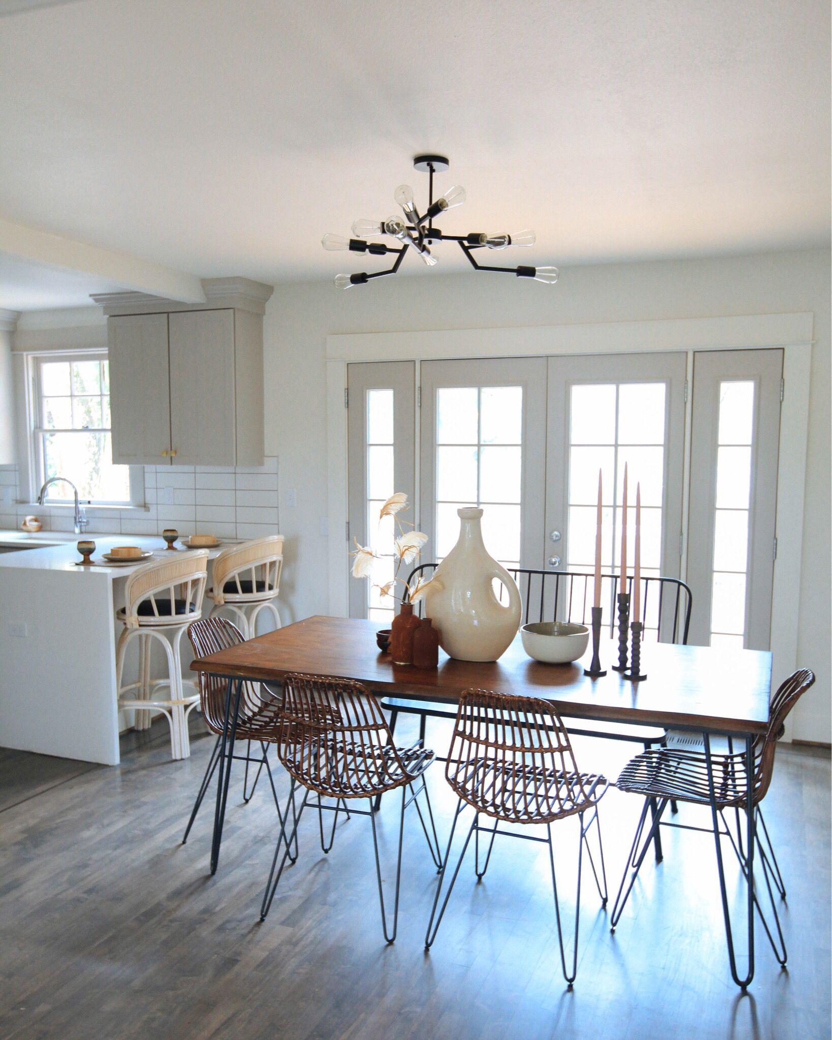 Pin by Pearlyo on for the home//   Casual dining rooms ...