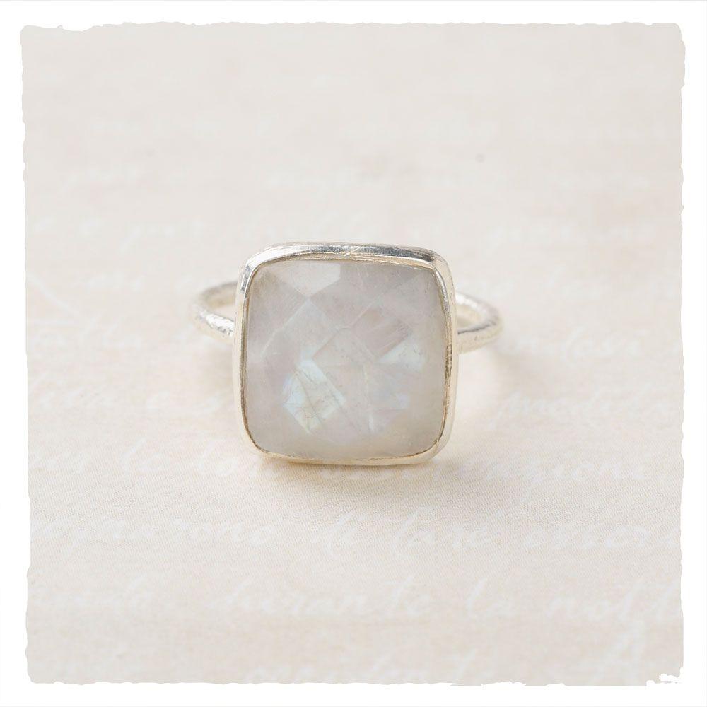 Metaluna Ring