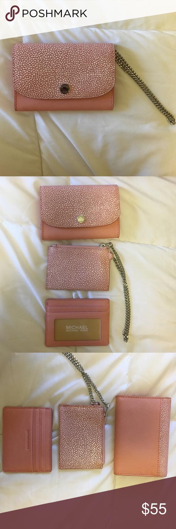 c4f3423fdc3b Michael Kors Juliana Medium 3-in-1 Flap Wallet Michael Kors Juliana Medium 3-in-1  Flap Wallet Pale Pink Michael Kors Bags Wallets