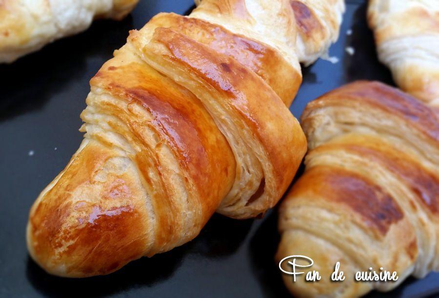 Croissants faciles كرواسون سهل