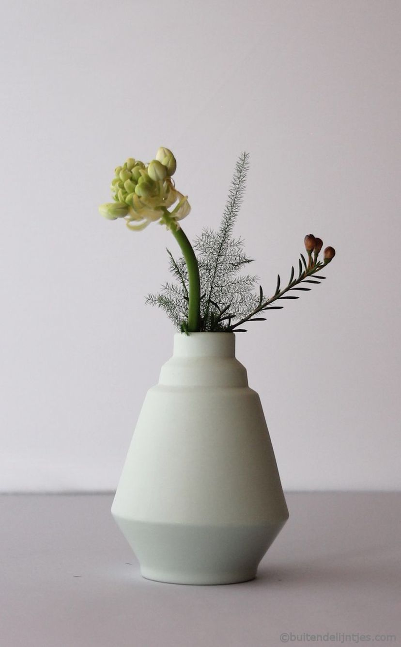 Handmade Ceramic vases from Hella Duijs. You can buy them online at www.bdl-store.com