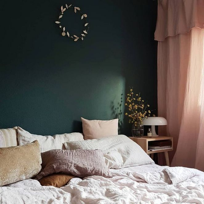 Pink Bedroom Ideas That Can Be Pretty And Peaceful Or: 37+The 5-Minute Rule For Emerald Green Accent Wall