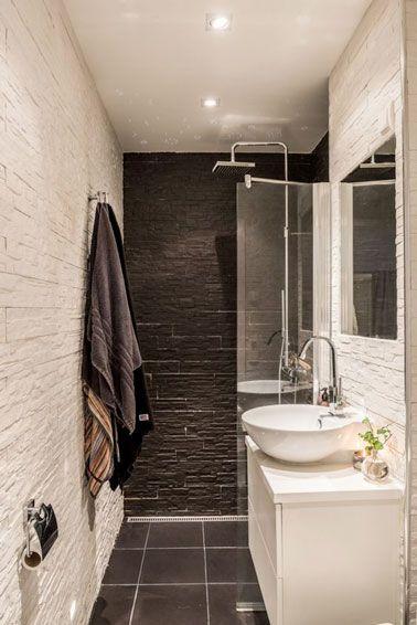 10 petites salles de bain pleines d astuces d co grande douche petite baignoire et petites. Black Bedroom Furniture Sets. Home Design Ideas
