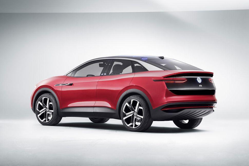 Volkswagen Will Build A New Electric Car Factory In North America Volkswagen Electric Cars La Auto Show
