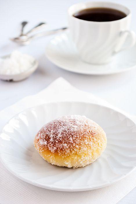Lime & ricotta baked doughnuts