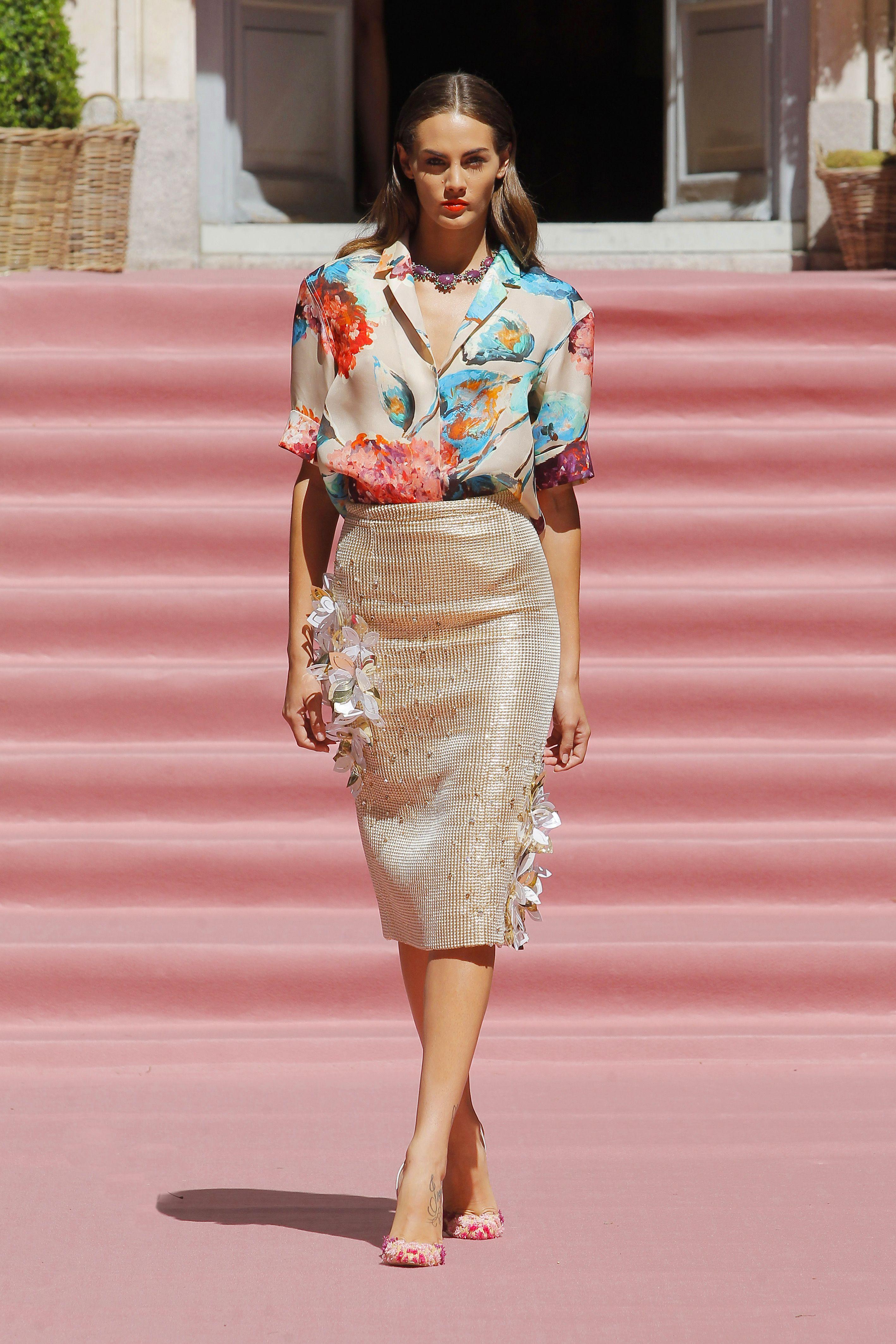 Camisa en gazar conestampado floral - Falda de tubo en algodón ...